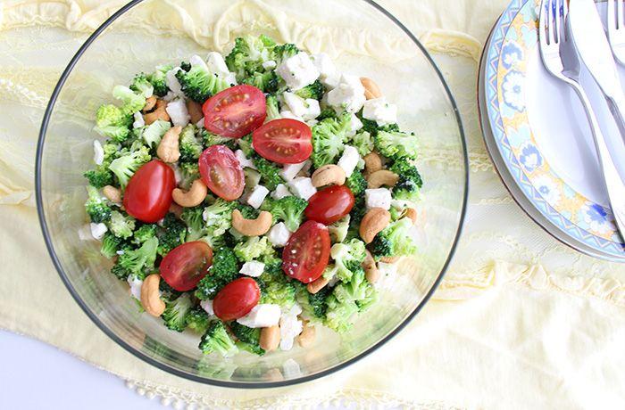 bunter salat mit brokkoli