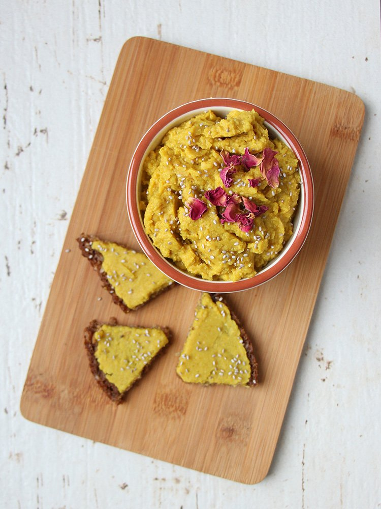 kinderfreundlicher-Curry-Hummus